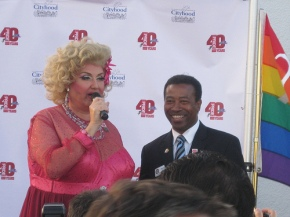Mama with Mayor Mitch Ward (Redondo Beach)
