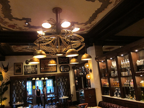Hollywood: Public Kitchen & Bar at the Roosevelt Hotel | The Minty