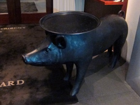 piggy at your service at the SLS