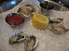 $2 oysters at Nick & Stef's