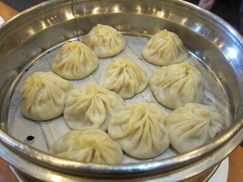 juicy soup dumplings / XLBs