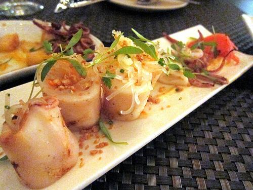 squid and papaya salad