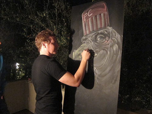 live chalk art