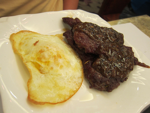 peppered steak and eggs