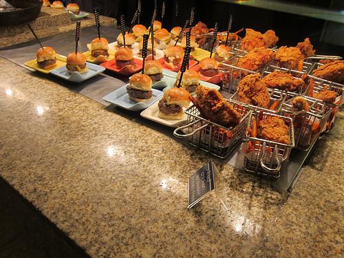 neat buffet