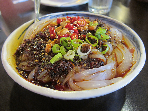 cold mung bean noodles with chili sauce