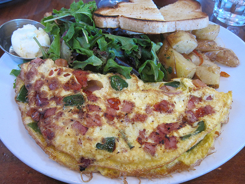 """""""Western"""" omelette"""