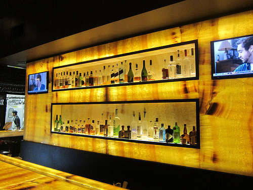 the bar at M Grill