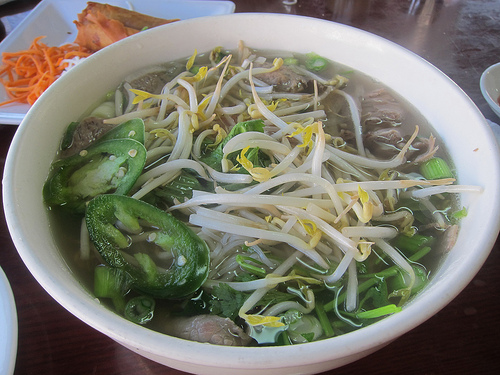 combo pho now with bean sprouts