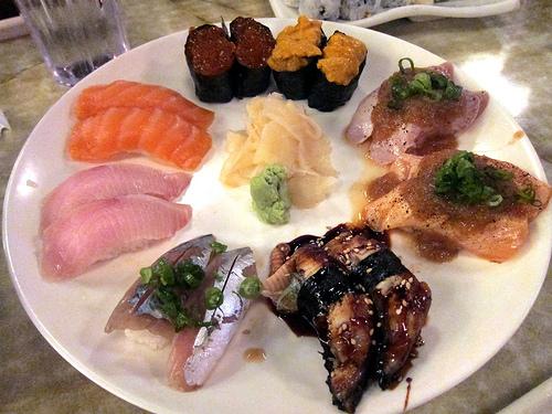 various nigiri