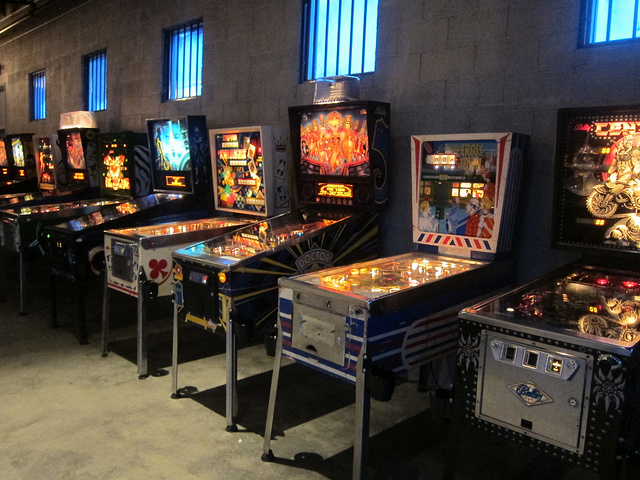 Dtla Eightytwo Bar And Arcade Now Open The Minty