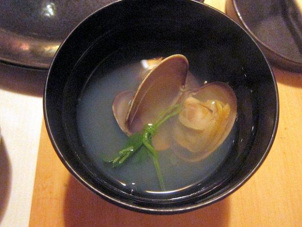 clams soup
