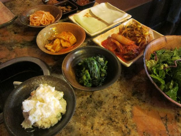banchan at Hae jang Chong