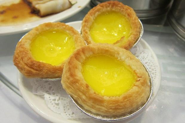 egg tarts - daan taat