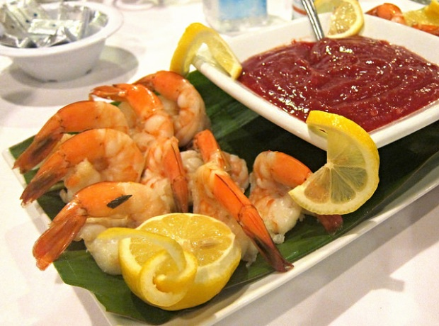 shrimp cocktail with sauce made with Stella Rosa