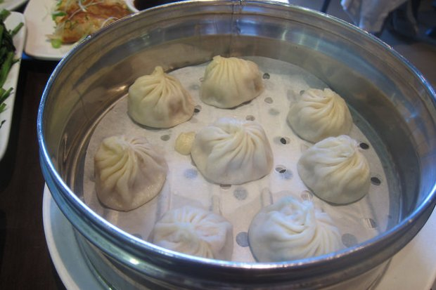crab and pork xiao long bao