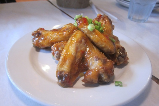 wings with chili sauce