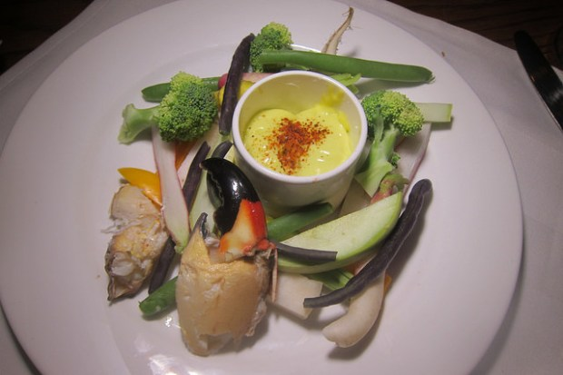 stone crab and crudite