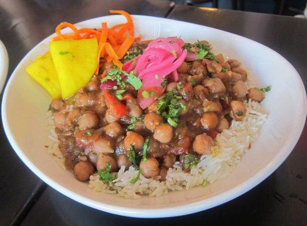 channa masala (Punjabi style chickpeas)