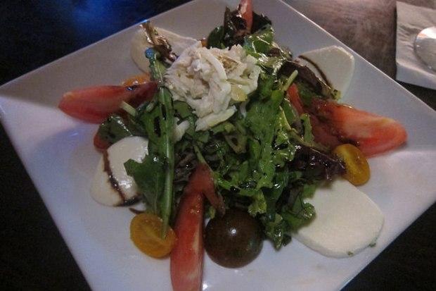 crab creole tomato salad