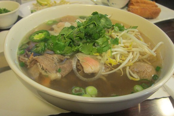 Northridge: Noodles at Pho 22 | The Minty
