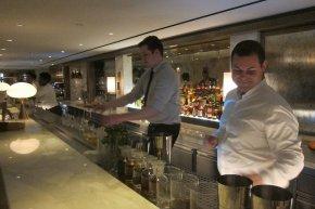 the bar at Avec Nous