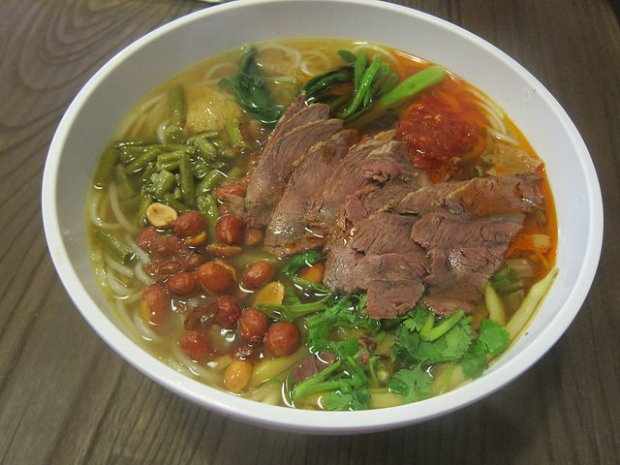 Guilin soup noodles
