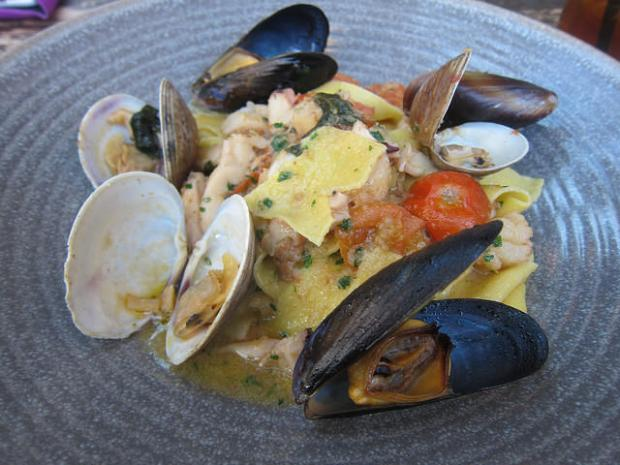 seafood pappardelle
